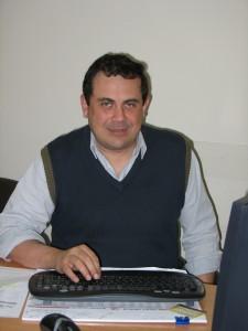 Dr. Daniel Ayuch